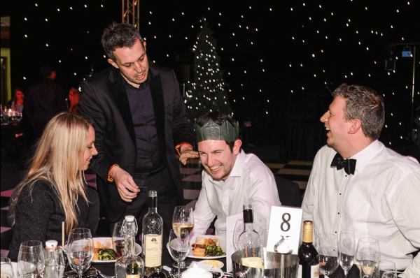 Magician at X-Mas Party in London 3
